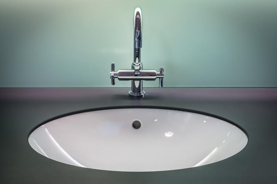 nowoczesna umywalka podblatowa do łazienki